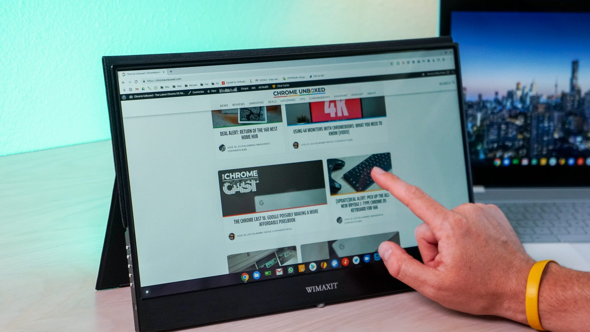 Productivity On The Go! Wimaxit Portable Touchscreen Monitor [VIDEO]