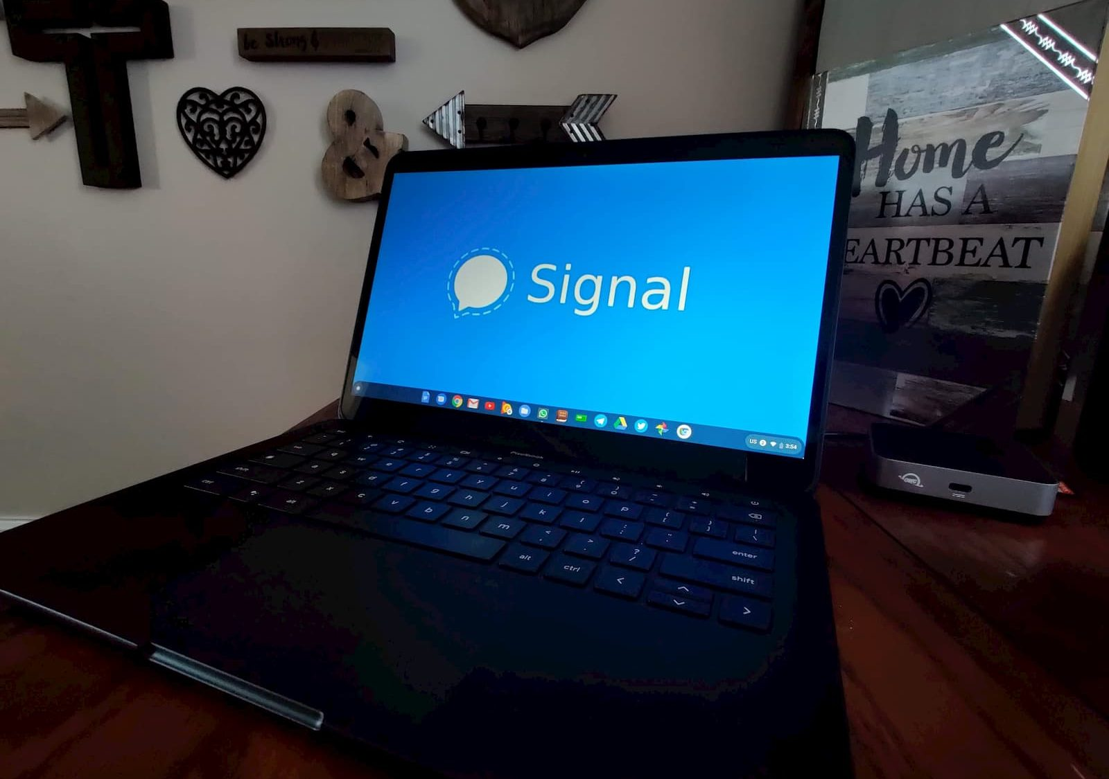 How to install Signal Desktop Messenger on your Chromebook