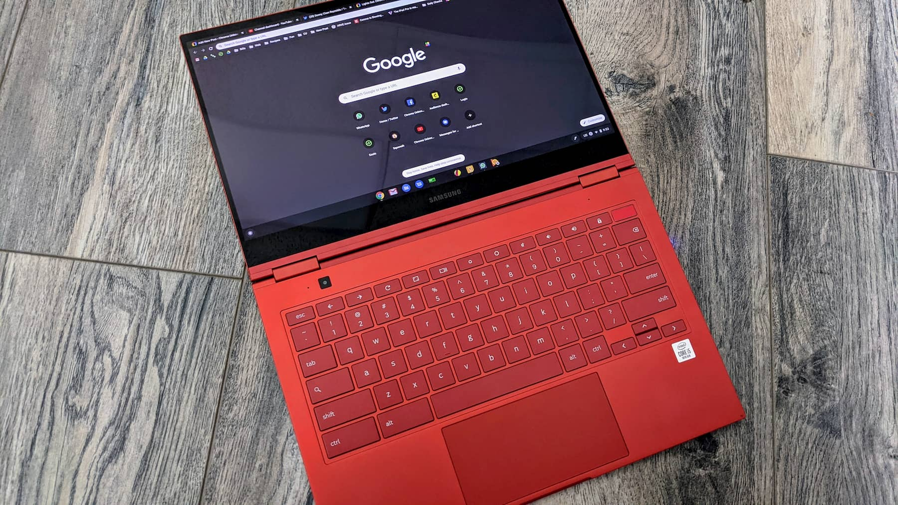 Hint from Chrome OS 83 shows signs of system dark mode on the way
